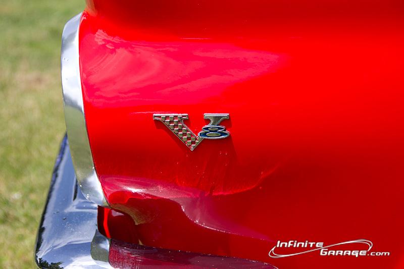 Barracuda-V8-badge