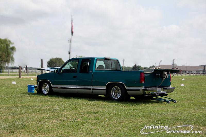 Chevy-drag-racing-truck