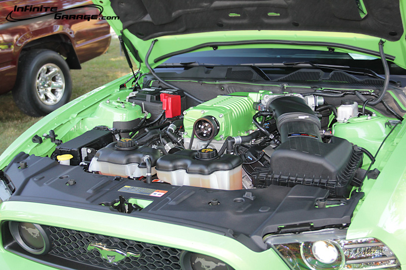 Mustang-engine