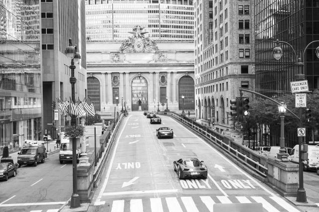 ferrari on the streets of new york