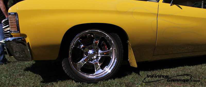 yellow-chevelle-ghost-flames