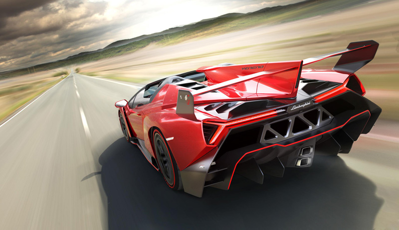 lamborghini-veneno_roadster-rear