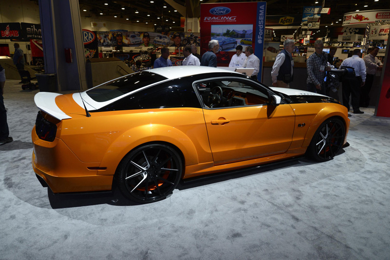 Ford-Mustang-Sema-tri-tone-paint