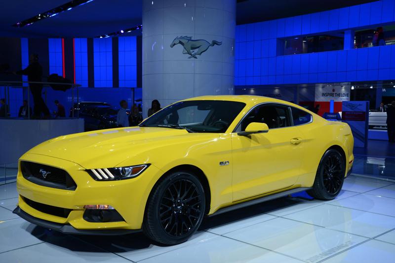 2015-Mustang-headlights