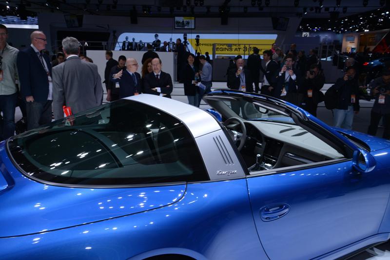 Porsche-911-targa-top