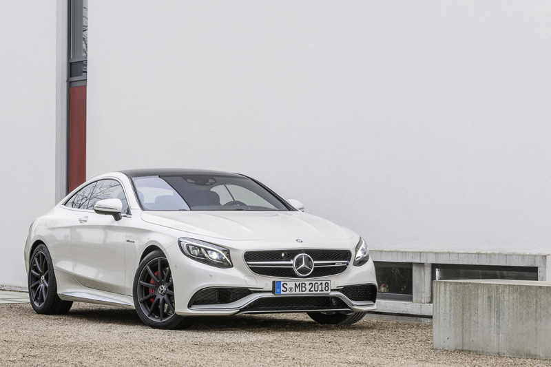 220872_2015-S63-AMG-4MATIC-Coupe-05