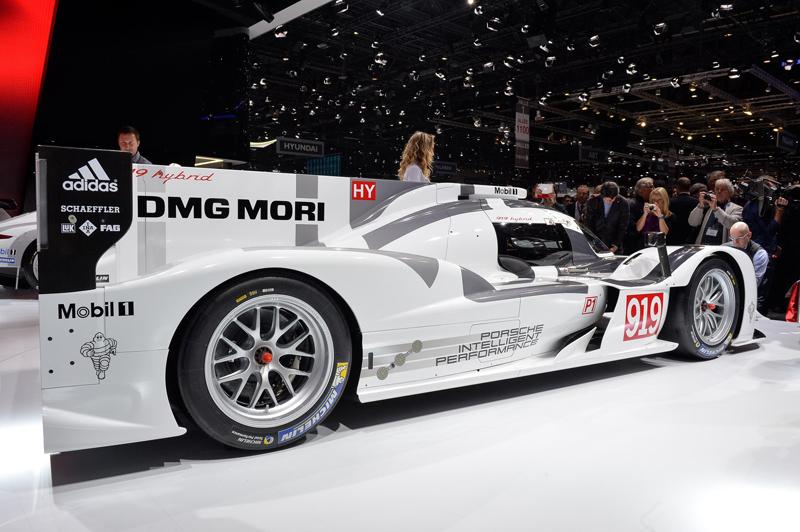 Porsche-LeMans-car