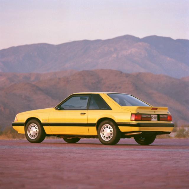 245995_1990 Ford Mustang LX neg CN54001-117