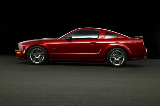 245996_2005 Ford Mustang GT neg CN336601-024