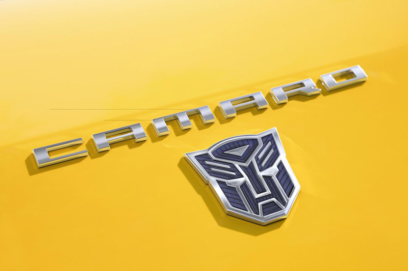 252120_2010-Chevrolet-Camaro-Transformers-SpecialEd-02