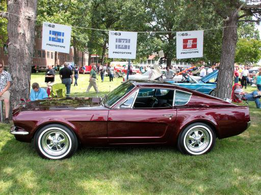1964_Ford_Mustang_Shorty_hero