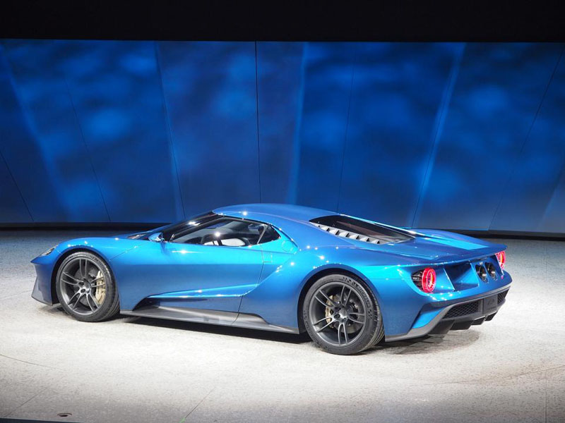 299105_Ford_GT_3